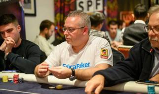 """""""StrikeGafas"""" revisa una mesa de un torneo PKO en la última entrada de su blog"""